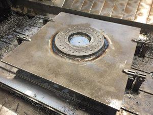 CNC Bearbejdning - stort emne opsvejst og bearbejdet