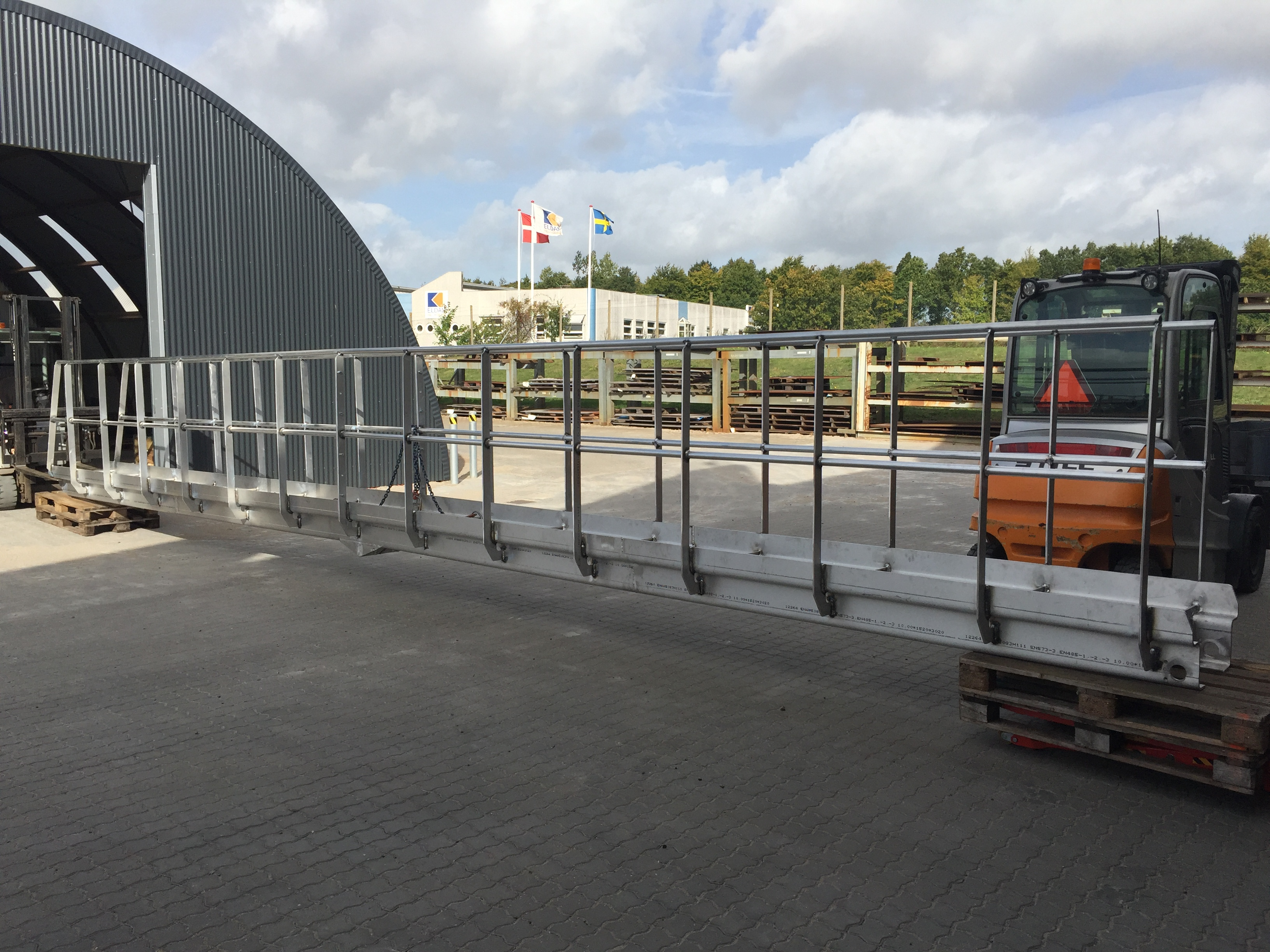 Aluminiumsgangbro til loadtest
