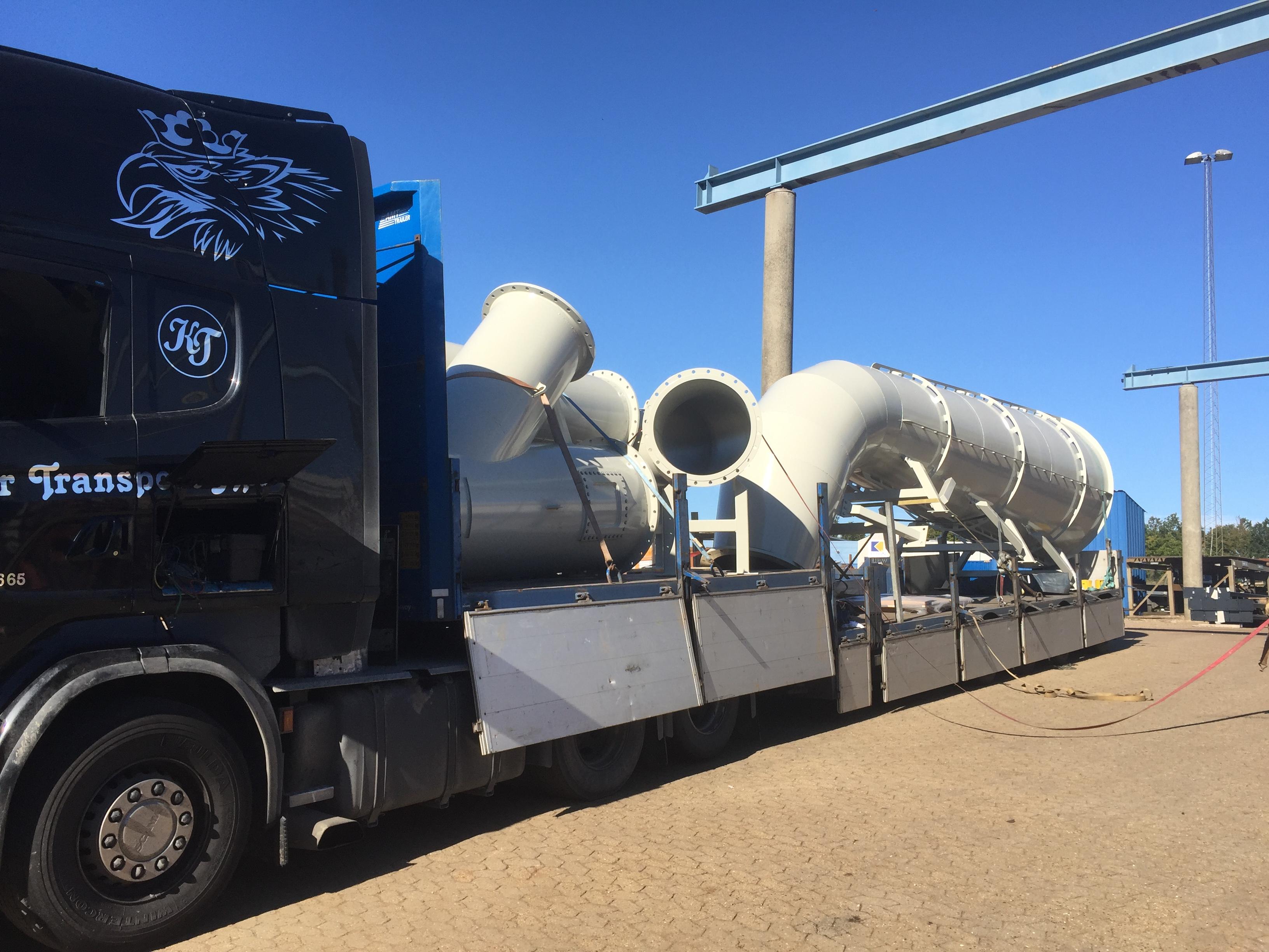 Komplet leverance på lastbil
