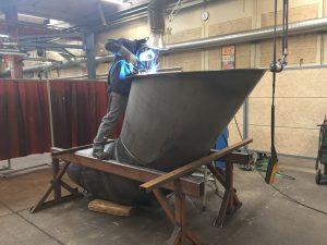 Svejsning af stålkonstruktion
